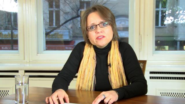 Dr. Sabine Schiffer. Medienkritische Kolumne für weltnetz.tv
