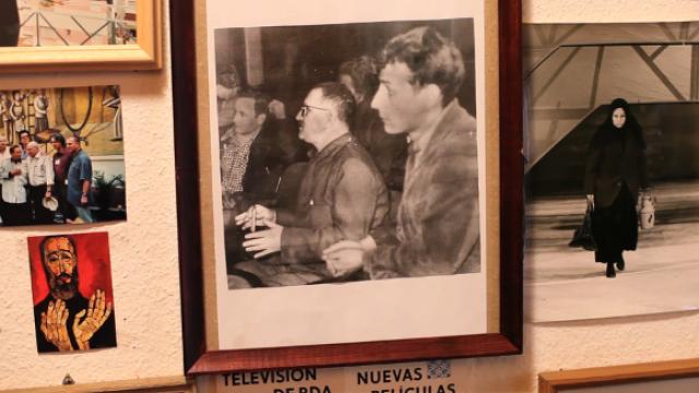 Manfred Wekwerth mit Bertolt Brecht