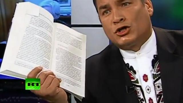 Rafael Correa im Interview mit Julian Assange