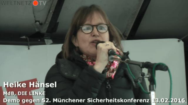 Heike Hänsel auf der Demonstration gegen die Sicherheitskonferenz in München