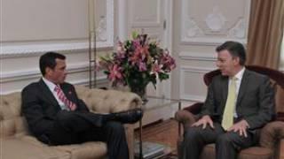Kandidat Capriles und Präsident Santos