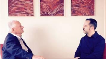 Oskar Lafontaine im Gespräch mit weltnetz.tv-Redakteur Harald Neuber