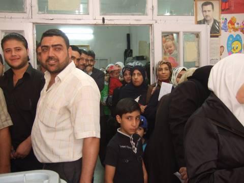 Wahlzentrum in einem Vorort von Damaskus
