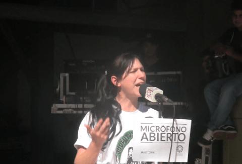 """Cecilia Vuyk, Koordinatorin der Jugend der """"Partido Tekojoja"""" in Paraguay"""